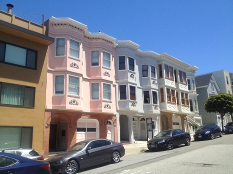 Cute houses in Nob Hill